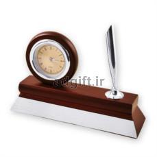 ساعت چوبی رومیزی به همراه جای قلم