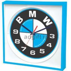 ساعت دیواری مدل وینا